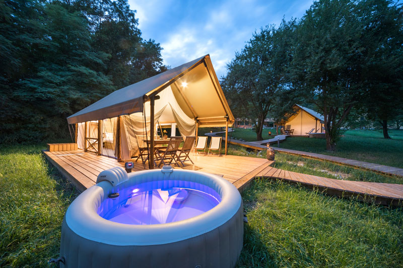 , Glamping Mountain Fairy Tale